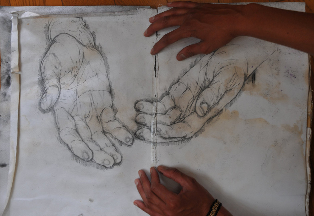 DMK hands