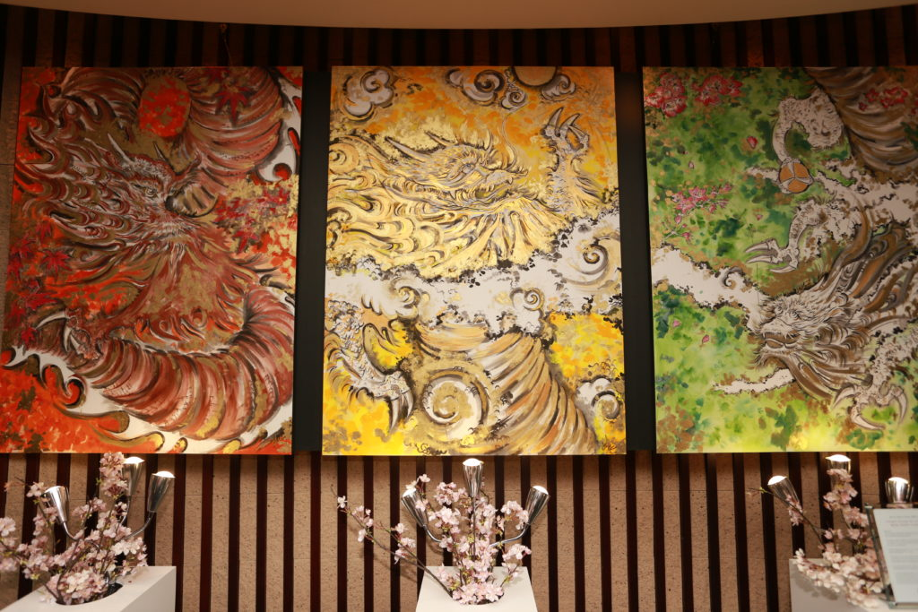 Dragon Through The Seasons 2018, Private Collection ANA Intercontinental Tokyo © 3 Panel Triptych (3 x 97 x 130)